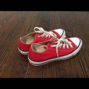 Red Converse (unisex)
